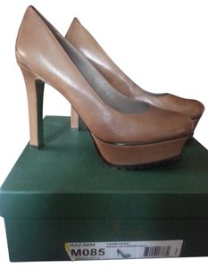 Other taupe/light brown Pumps