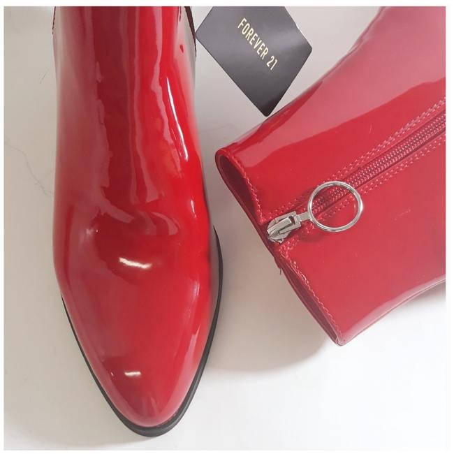 Item - Red and Silver Zip Pointed Toe Ankle Boots/Booties Size US 8 Regular (M, B)