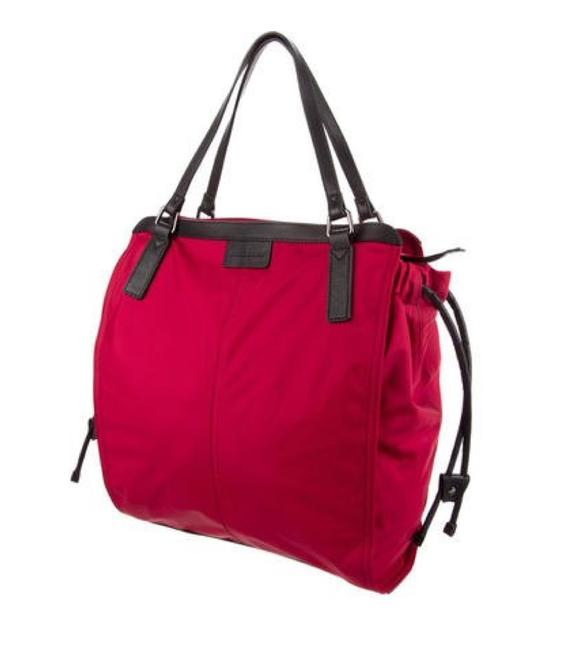 Item - Flash-sale Packable Small Buckleigh Cross Body Red Nylon Tote