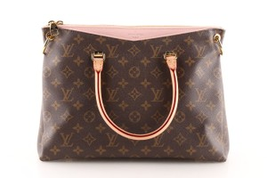 Louis Vuitton Pallas Tote in Brown