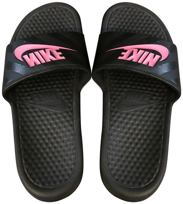 Item - Black Slide On Sandals Size US 7 Narrow (Aa, N)