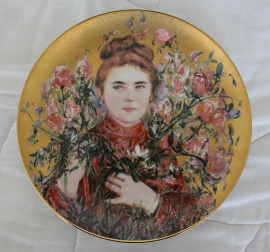 Preload https://img-static.tradesy.com/item/27136809/gold-multicolor-collectible-flower-girls-rose-numbered-plate-9862-fine-china-0-0-540-540.jpg