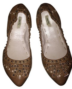Miu Miu Neutral Flats