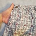 Anthropologie Red White Gray / Lux Floral Shorts Size 6 (S, 28) Anthropologie Red White Gray / Lux Floral Shorts Size 6 (S, 28) Image 3