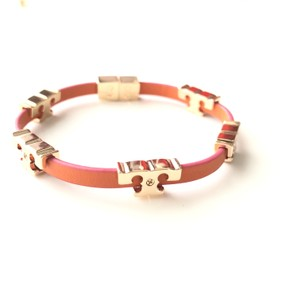 Tory Burch Brand NEW Tory Burch ORANGE JUICE Serif-T Single Wrap Leather Bracelet