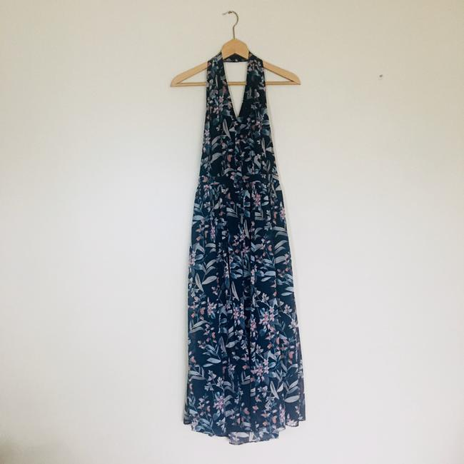 gal meets glam Blue Siena Floral Halter Neck Chiffon Long Casual Maxi Dress Size Petite 4 (S) gal meets glam Blue Siena Floral Halter Neck Chiffon Long Casual Maxi Dress Size Petite 4 (S) Image 3