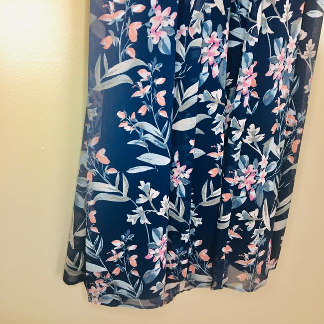 gal meets glam Blue Siena Floral Halter Neck Chiffon Long Casual Maxi Dress Size Petite 4 (S) gal meets glam Blue Siena Floral Halter Neck Chiffon Long Casual Maxi Dress Size Petite 4 (S) Image 6