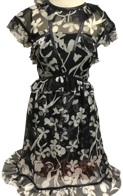 Item - Black and White Floral Silk Chiffon with Leather Mid-length Cocktail Dress Size 4 (S)
