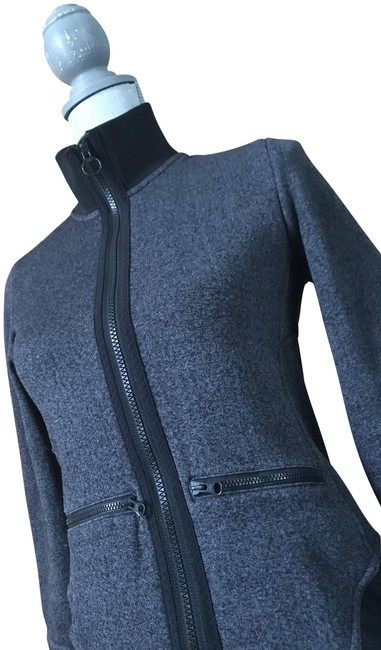 Item - Gray Run Climaproof(R) Activewear Outerwear Size 2 (XS)