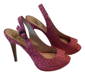 House of Harlow 1960 Hot pink Platforms
