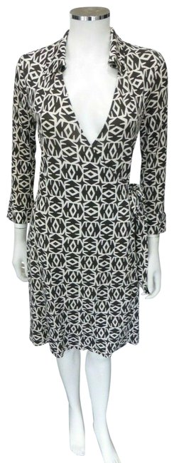 Item - Brown Signature Wrap It 42 Mid-length Short Casual Dress Size 6 (S)