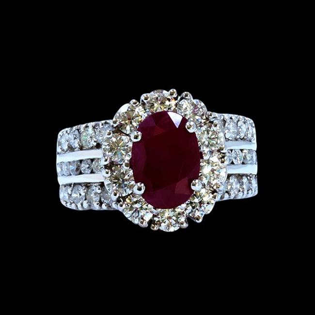 Item - Red 3.32ct Natural Ruby 18k White Gold Ring