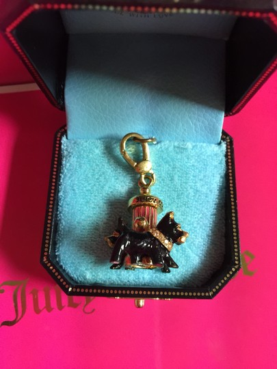 "Juicy Couture NEW! JUICY COUTURE ""SUPER RARE"" Yorkies Around Fire Hydrant Charm!!"