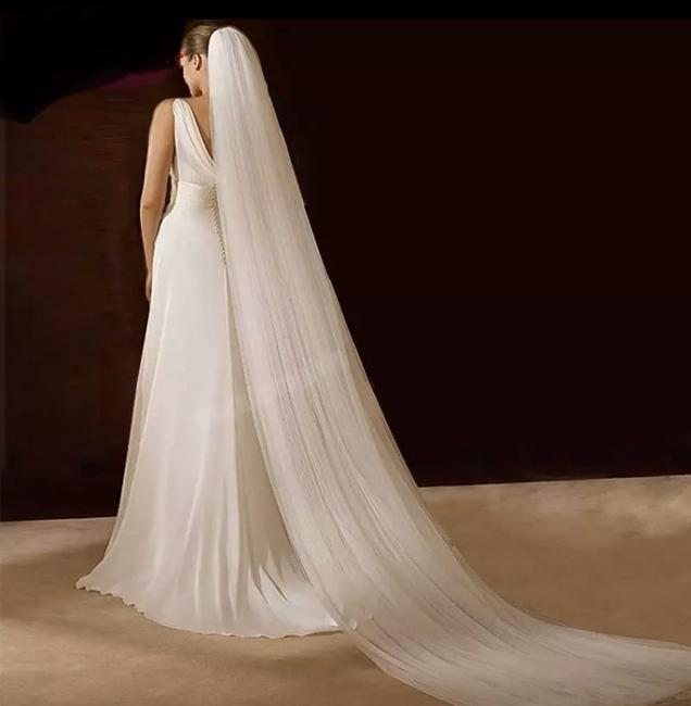 Unbranded Long White/Off-white/Ivory 3m/10ft Cut Edge Bridal Veil Unbranded Long White/Off-white/Ivory 3m/10ft Cut Edge Bridal Veil Image 1