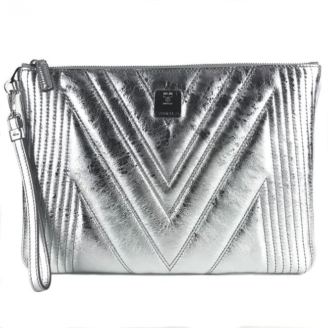Item - New Quilted Metallic Medium Wristlet Pouch Silver Leather Clutch