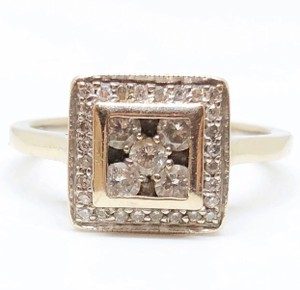 1/2 Ctw Diamond Halo Cluster In 14k White Gold Engagement Ring