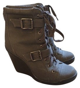 Vera Wang Wedge Sneaker Heel Zipper Laces Grey Boots