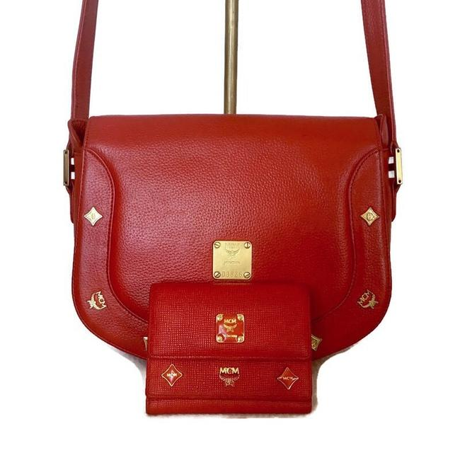 Item - With Wallet Red Leather Cross Body Bag