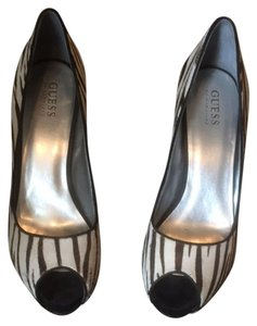 Guess By Marciano Brown White Stripe Pumps