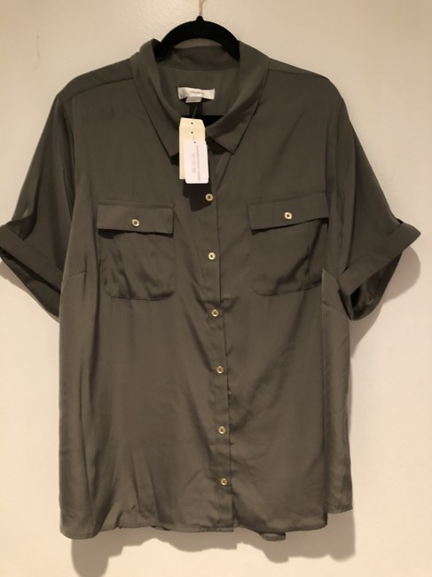 CJ Banks Olive Green Short Sleeve Utility Blouse Rolled Sleeve Button-down Top Size 22 (Plus 2x) CJ Banks Olive Green Short Sleeve Utility Blouse Rolled Sleeve Button-down Top Size 22 (Plus 2x) Image 3