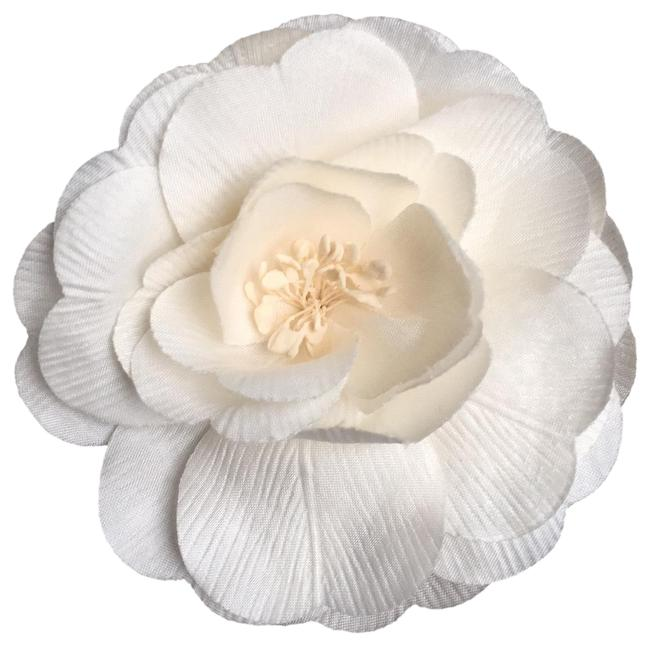 Item - White Camellia Flower Pin Brooch Charm