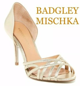 Badgley Mischka Platino Metallic Leather Muse Strappy Open Toe Heel Gold Pumps Size US 9 Regular (M, B)