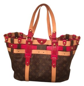 Louis Vuitton Tote in LV canvas and red