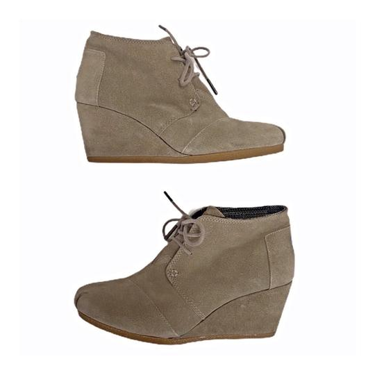 Preload https://img-static.tradesy.com/item/27165147/toms-tan-suede-wedge-lace-up-bootsbooties-size-us-7-regular-m-b-0-0-540-540.jpg