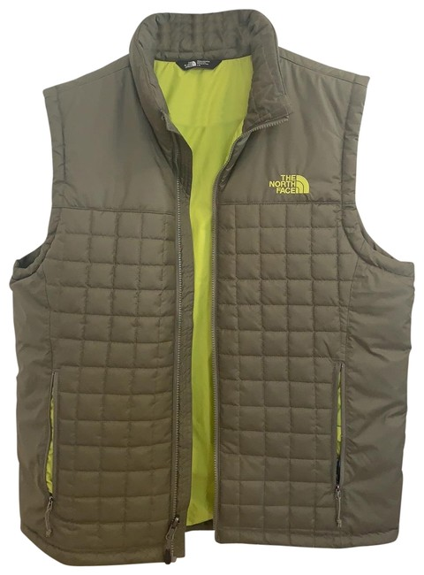 Preload https://img-static.tradesy.com/item/27165402/the-north-face-green-men-s-thermoball-eco-vest-size-12-l-0-2-650-650.jpg