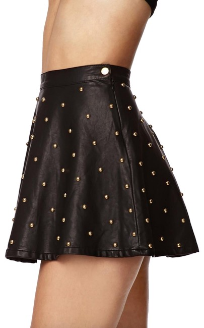Preload https://img-static.tradesy.com/item/27165701/forever-21-black-gold-studded-faux-leather-fit-and-flare-skater-skirt-size-8-m-29-30-0-2-650-650.jpg