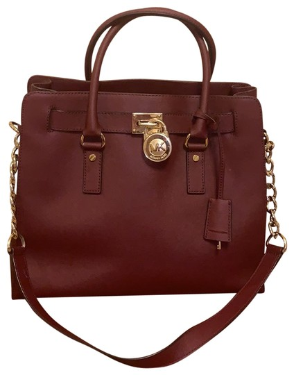 Preload https://img-static.tradesy.com/item/27165741/michael-kors-hamilton-burgundy-satchel-0-1-540-540.jpg