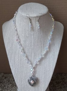 Transparent Clear Beads Vintage Of Necklace and Earrings Jewelry Set