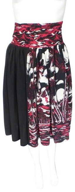 Item - Red Black and White Viscose Elastic 6/42 Skirt Size 6 (S, 28)