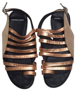 Pierre Hardy Gold Sandals