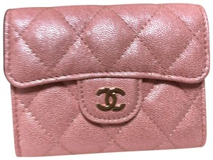 Chanel Chanel Pink iridescent Caviar Card Holder/Coin Purse
