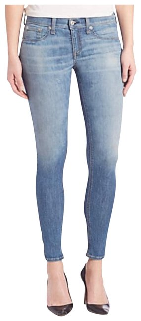 Item - Blue Light Wash 28 High-rise Skinny Jeans Size 6 (S, 28)