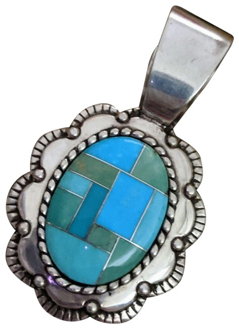 Item - Sterling Silver Inlaid Turquoise Pendant Necklace