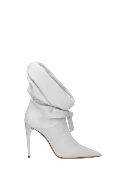 Item - White Ankle Women Boots/Booties Size EU 38 (Approx. US 8) Regular (M, B)