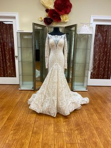 Allure Bridals Nude/Ivory C406 Couture Vintage Wedding Dress Size 4 (S)