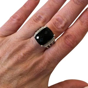 David Yurman like new size 7 David Yurman 12x16 black onyx Wheaton ring with diamonds