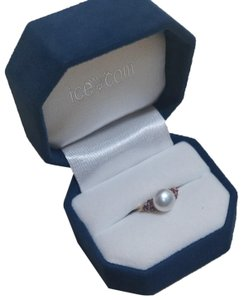 Ice Stunning 14Kt Sold Gold Pearl Ring 2.5g size 5