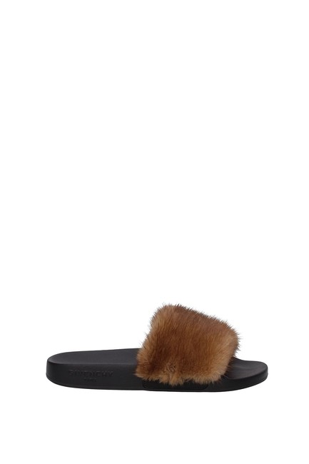 Item - Brown Slippers and Woman Mules/Slides Size EU 37 (Approx. US 7) Regular (M, B)