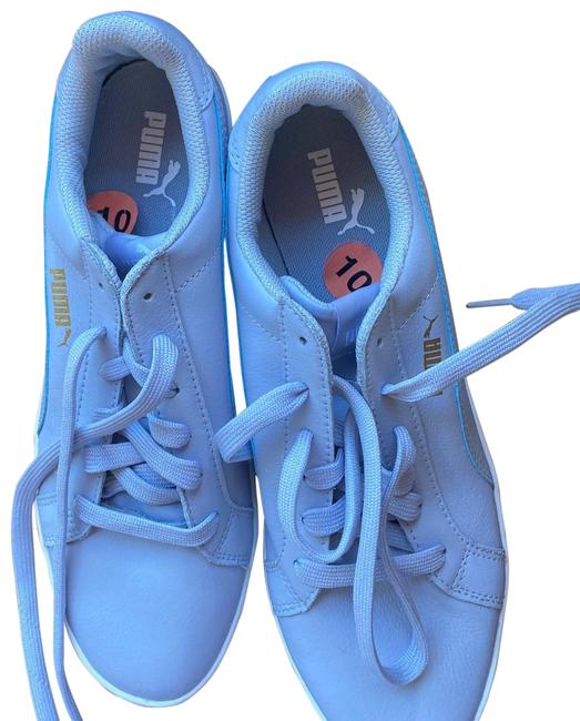 Item - Baby Blue Sneakers Size US 10 Regular (M, B)