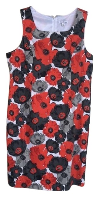 Item - White Black Gray and Red Nwot Sleeveless Floral Mid-length Short Casual Dress Size 16 (XL, Plus 0x)
