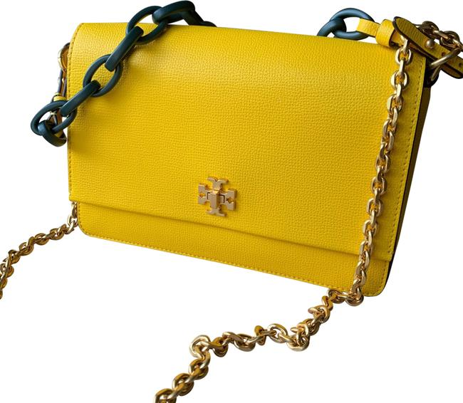 Item - Kira With Two Chains Yellow Leather Cross Body Bag