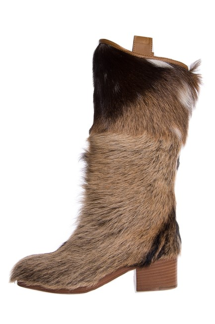 Chanel Brown Fur Knee-high Boots/Booties Size EU 35.5 (Approx. US 5.5) Regular (M, B) Chanel Brown Fur Knee-high Boots/Booties Size EU 35.5 (Approx. US 5.5) Regular (M, B) Image 1