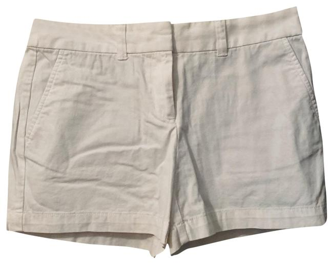 Item - White Straight Through Hip and Thigh Shorts Size 2 (XS, 26)