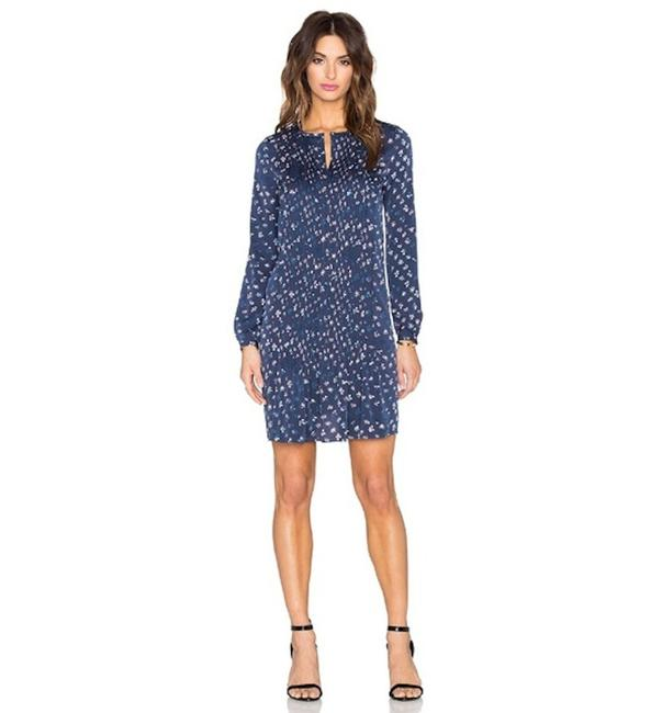 Diane von Furstenberg Blue Daisy Buds Silk Meadow Pleated Tunic Short Casual Dress Size 8 (M) Diane von Furstenberg Blue Daisy Buds Silk Meadow Pleated Tunic Short Casual Dress Size 8 (M) Image 1