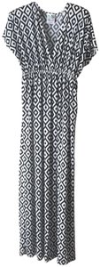 Black Cream Maxi Dress by India Boutique Maxi One Size Geometric Deep V-neck Empire Waist