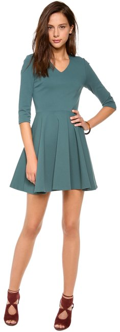 Item - Green Jeannie V-neck Short Night Out Dress Size 0 (XS)